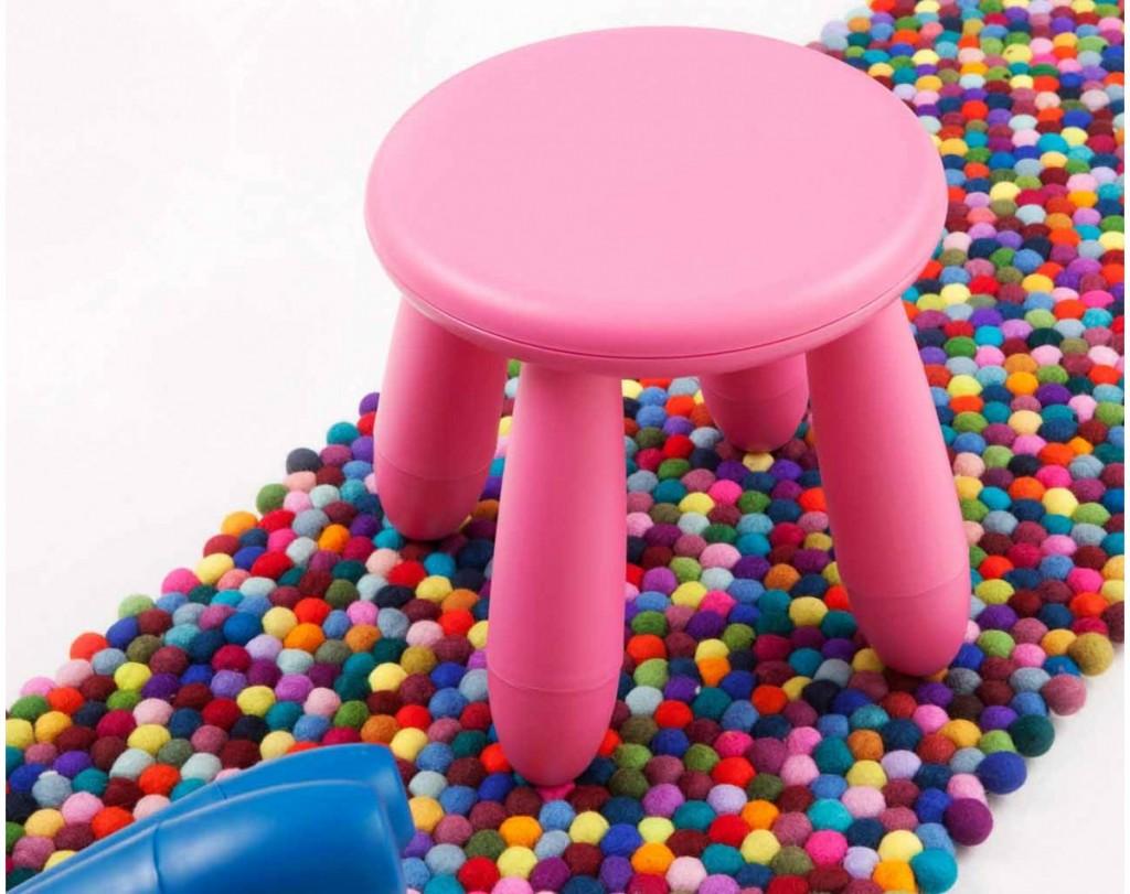 Stołek-biegacz-150cm-różowe-dywany