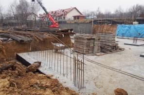 Prace ziemne na budowie